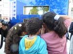 Épinayer Kinder sind neugierig auf den Butineur